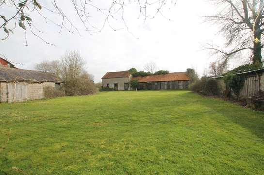 Wiltshire barns for auction for the first time in 68 years